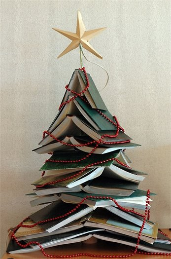 Picture of a Christmas Tree made of books